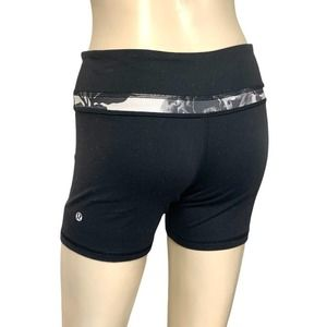 LULULEMON Reversible yoga boy short pocket…
